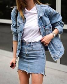 Delightful Winter Outfits Ideas Denim Jacket31