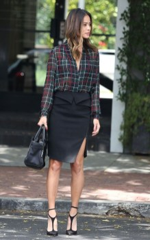 Incredible Skirt And Blouse This Fall Ideas21