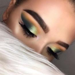 Popular Shimmer Summer Makeup Ideas13