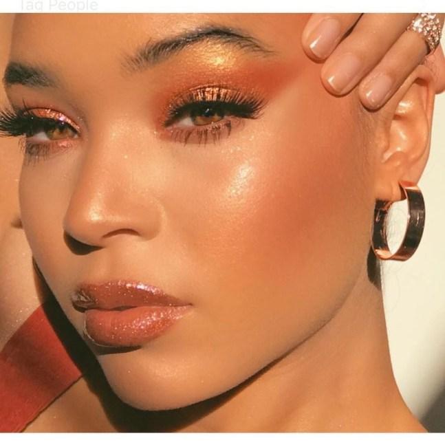 Popular Shimmer Summer Makeup Ideas46