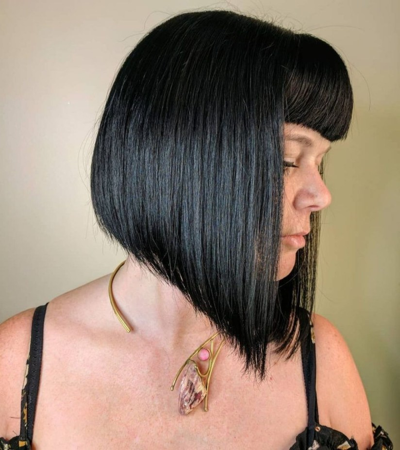 Pretty Hairstyle With Bangs Ideas28