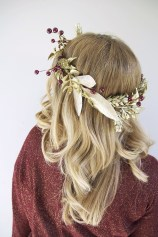 Charming Diy Winter Crown Holiday Party Ideas29