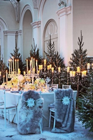 Classy Winter Wonderland Wedding Centerpieces Ideas24