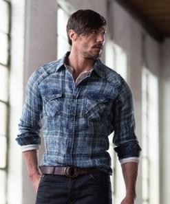 Cozy Plaid Shirt Outfit Christmas Ideas For Handsome Mens01