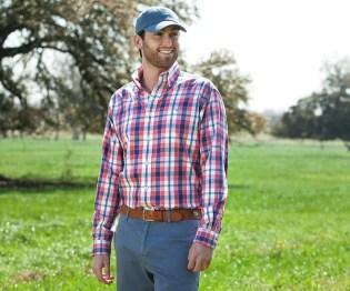 Cozy Plaid Shirt Outfit Christmas Ideas For Handsome Mens14