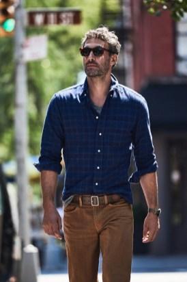 Cozy Plaid Shirt Outfit Christmas Ideas For Handsome Mens25