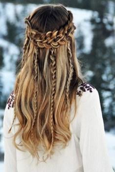 Latest Winter Hairstyle Ideas23