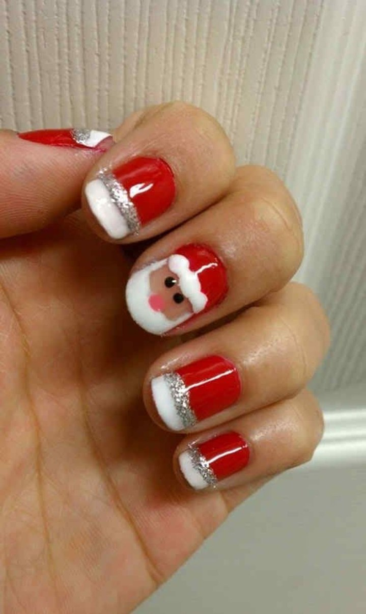 Outstanding Christmas Nail Art New 2017 Ideas12