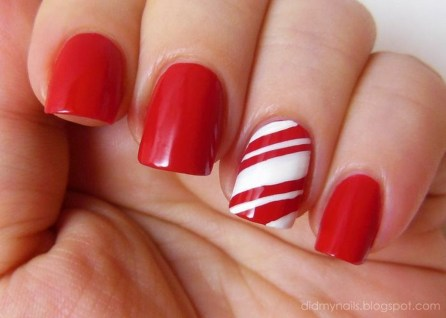Outstanding Christmas Nail Art New 2017 Ideas36