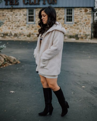Awesome Winter Dress Outfits Ideas With Boots35