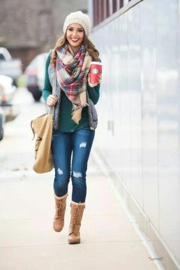 Classy Winter Outfits Ideas For School16