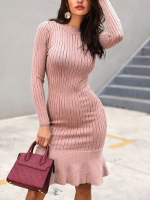Flawless Winter Dress Outfits Ideas14
