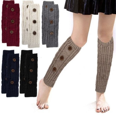Incredible Winter Outfits Ideas With Leg Warmers08
