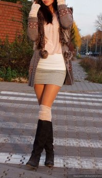 Incredible Winter Outfits Ideas With Leg Warmers15