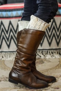 Incredible Winter Outfits Ideas With Leg Warmers22