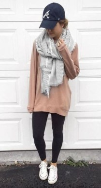Simple Winter Outfits Ideas For School44