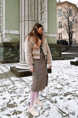 Stunning Winter Outfits Ideas With Skirts27