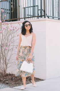 Beautiful Outfits Ideas To Wear This Spring14