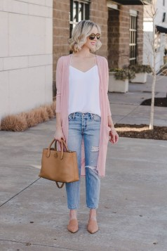 Beautiful Outfits Ideas To Wear This Spring20