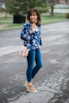 Beautiful Outfits Ideas To Wear This Spring23