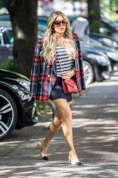 Captivating Spring Outfit Ideas10