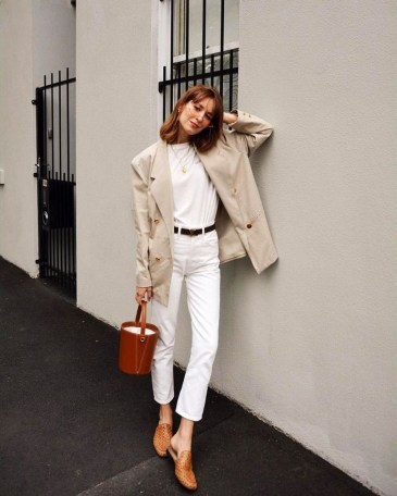 Captivating Spring Outfit Ideas26