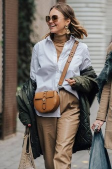 Cool Street Style Outfits Ideas34