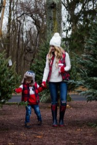 Impressive Holiday Outfits Ideas21