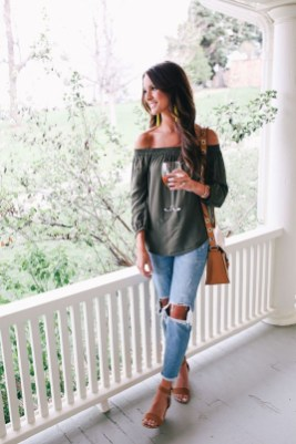 Latest Jeans Outfits Ideas For Spring06