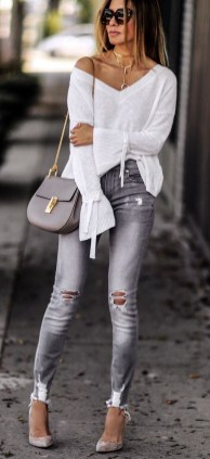 Latest Jeans Outfits Ideas For Spring33