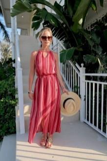 Stylish Fashion Beach Outfit Ideas02