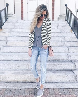 Attractive Spring Outfits Ideas25