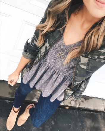 Attractive Spring Outfits Ideas33