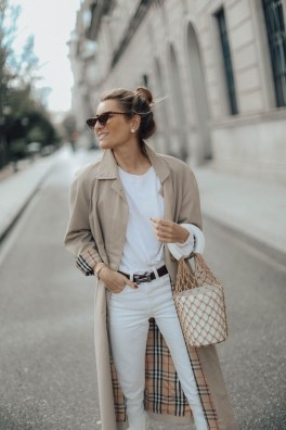 Attractive Spring Outfits Ideas40