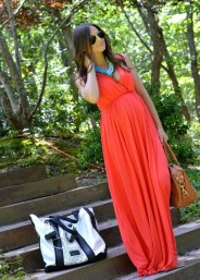 Gorgeous Maternity Wedding Outfits Ideas For Spring34