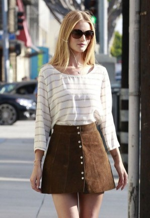 Outstanding Outfit Ideas To Wear This Spring26