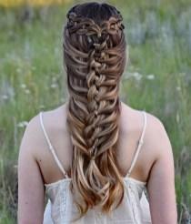 Stylish Mermaid Braid Hairstyles Ideas For Girls12