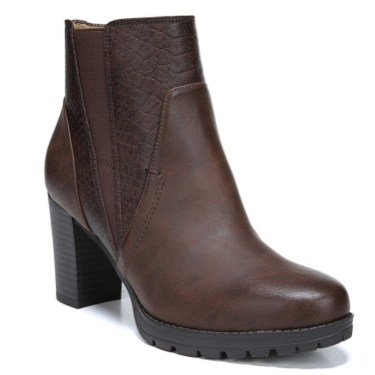 Best Ideas To Wear Wide Ankle Boots This Spring04