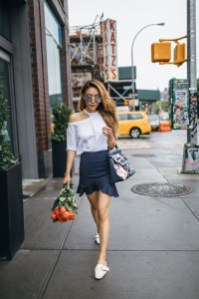 Charming Women Outfits Ideas For Spring And Summer14