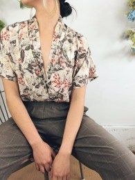Unordinary Retro Outfit Ideas For Girl28