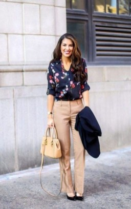 Attractive Business Work Outfits Ideas For Women 201909