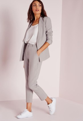 Attractive Business Work Outfits Ideas For Women 201936