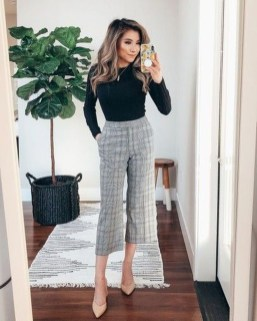 Attractive Business Work Outfits Ideas For Women 201940