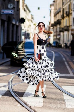 Delicate Polka Dot Maxi Skirt Ideas For Reunion18