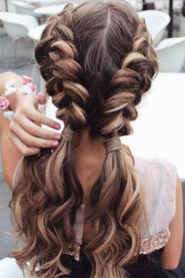 Fascinating Hairstyles Ideas For Girl37