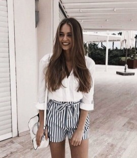 Gorgeous Outfits Ideas For Summer 201901