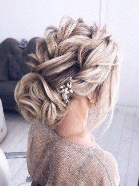 Rustic Hairstyle Ideas For Wedding09