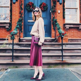 Charming Winter Outfits Ideas To Go To Office09