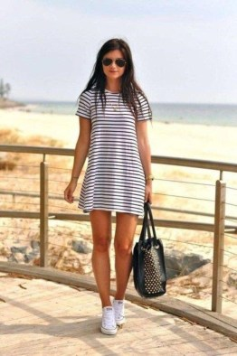 Cute Summer Outfits Ideas For Women You Must Try26