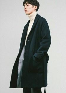 Elegant Winter Outfits Ideas For Men11